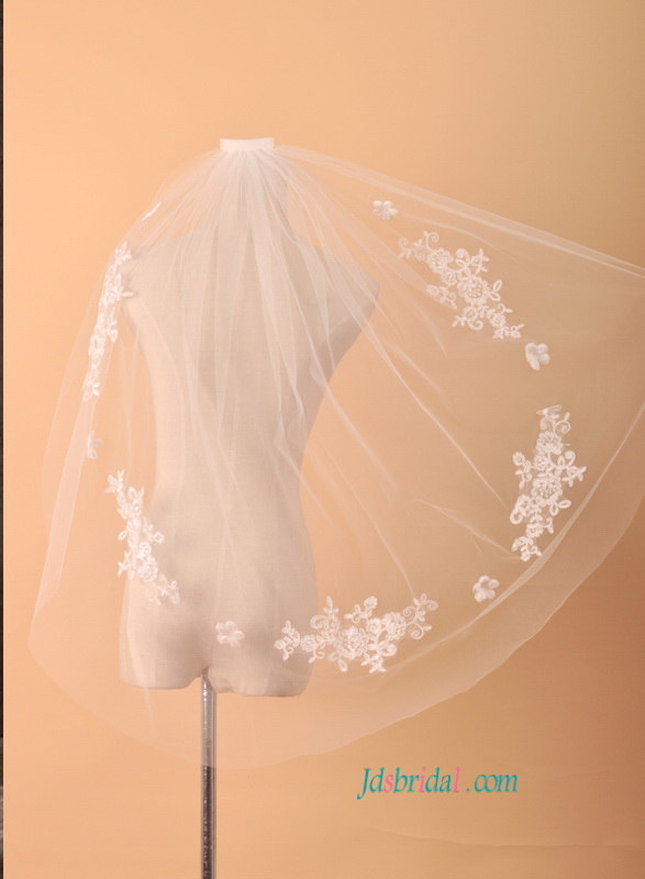 JV016 elbow length wedding veil with lace accents