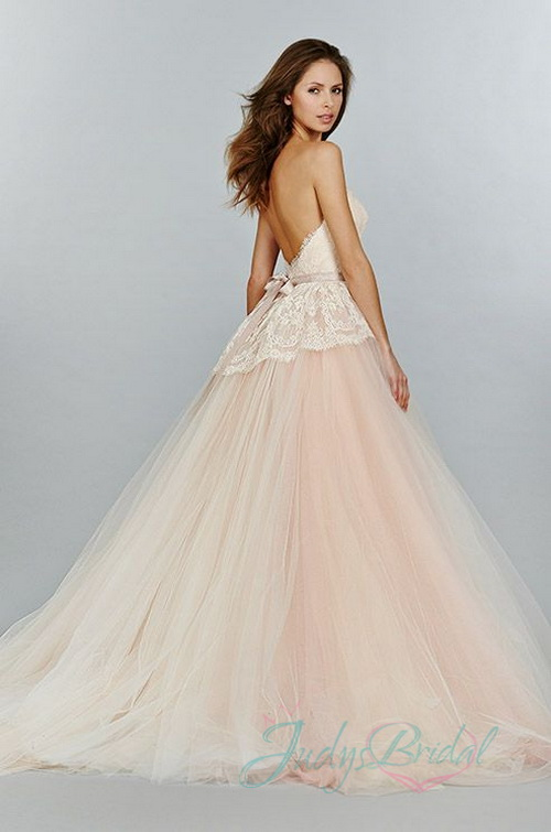 Lovely Pink Blush Colors Princess Ball Gown Tulle Wedding Dress