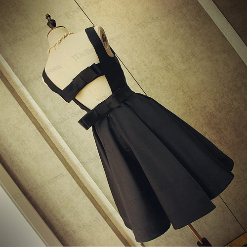 PD16039 Cute cut out back little black party prom dress