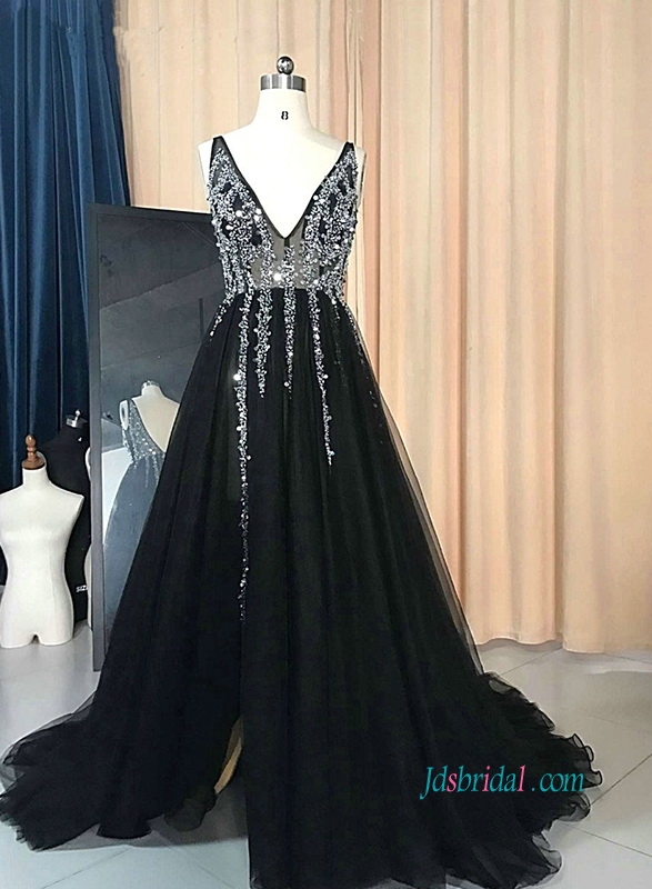 PD18023 Sexy plunging beading black celebrity prom dress