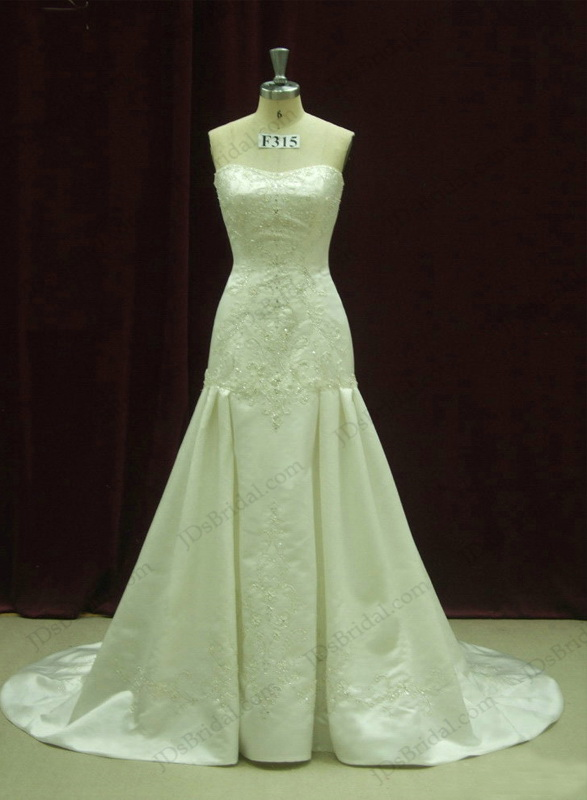 Jcd12049 luxurious strapless embroidery trumpet ivory for Ivory color wedding dress