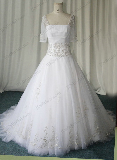 JCD12075 Vintage traditional half sleeves tulle ballgown wedding dress