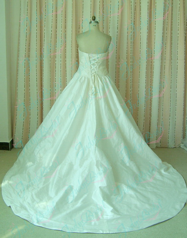 classic simple taffeta ball gown wedding dress with pockets 2011 collections