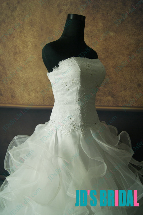 LJ135 Stunning lace overlay top full tiered ruffles tulle ball gown wedding dress