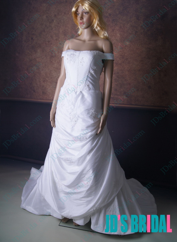 LJ161 vintage inspired off shoulder ball gown wedding dress