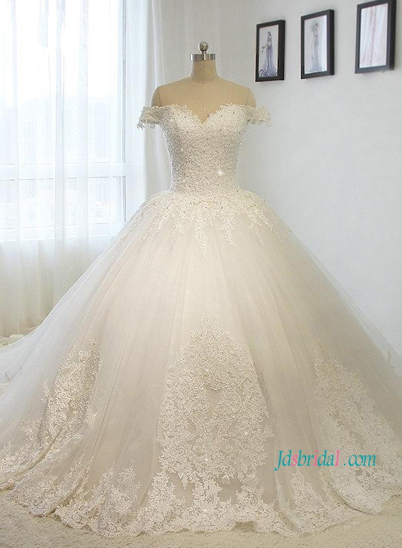 H1217 Fairytale Off The Shoulder Princess Tulle Ball Gown Wedding Dress