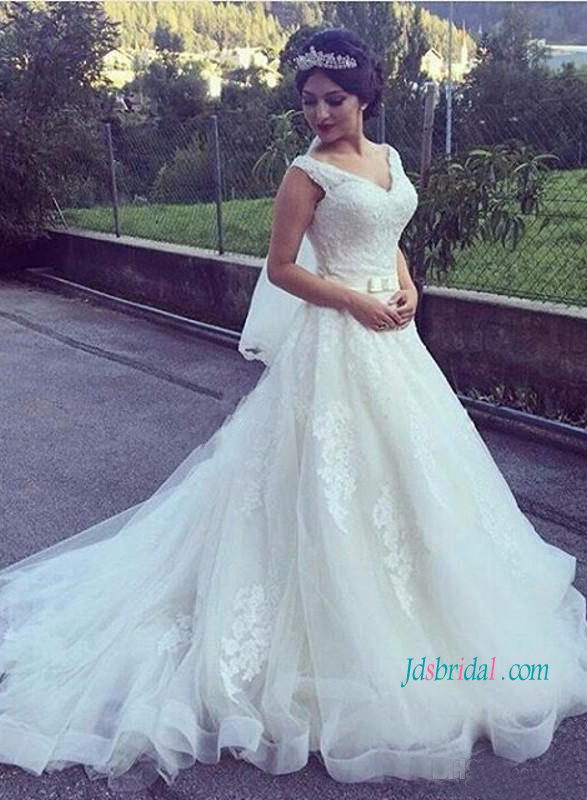 H1221 Strappy V Neck Lace Princess Ball Gown Wedding Dress