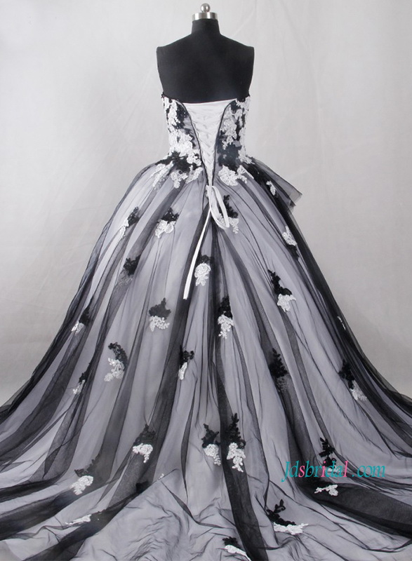 H1223 Vintage inspired black and white ball gown wedding dress