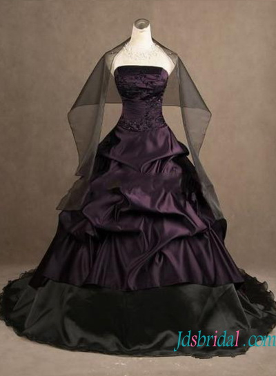 H1242 Gothic eggplant color with black ball gown wedding dress