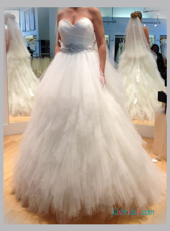 H1337 Sweetheart neck ruffles tulle ball gown wedding dress