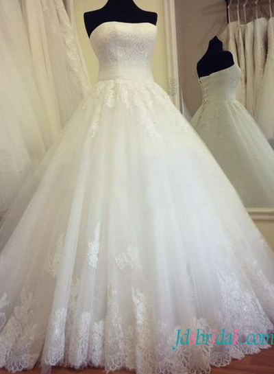 H1351 Strapless lace bodice Pincess tulle ball gown wedding dress