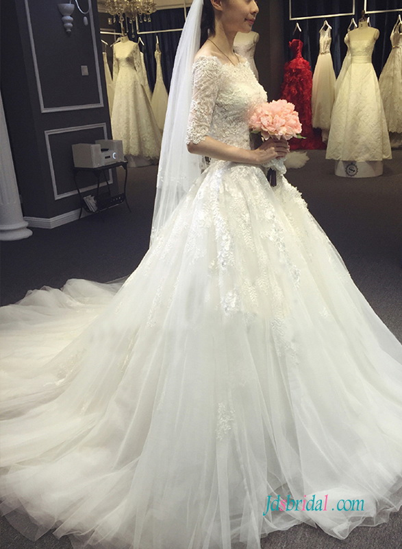 H1370 Dreamy modest half length sleeved princess ball gown wedding dress