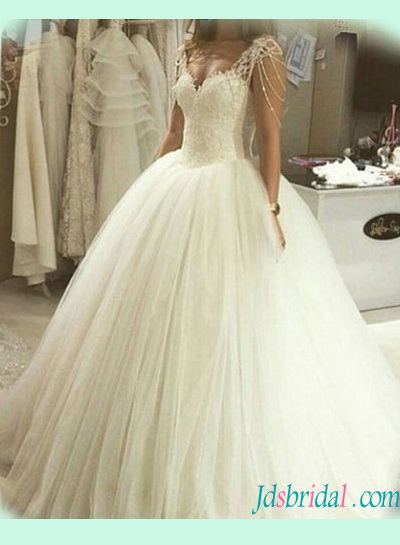 H1384 Strappy princess tulle ball gown wedding dress