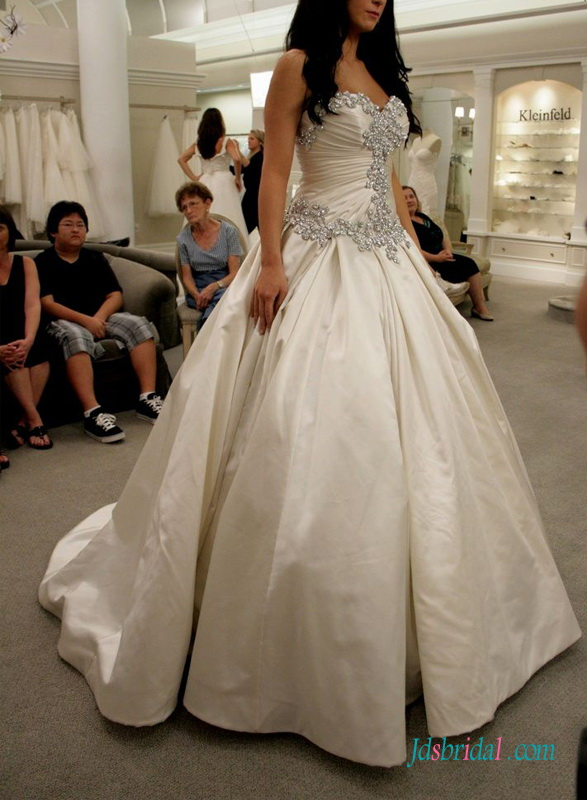 H1415 Luxury Crystals sweetheart satin wedding dress