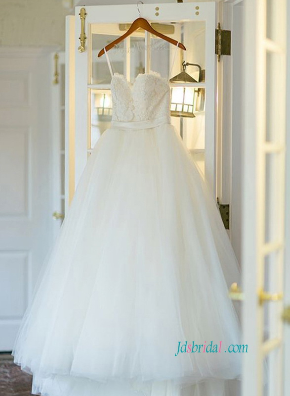 H1430 Simply spaghetti straps princess tulle wedding dress