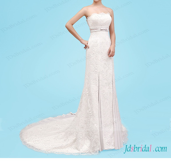 beautiful lace modified slim a line wedding dress with chiffon inserted to skirt