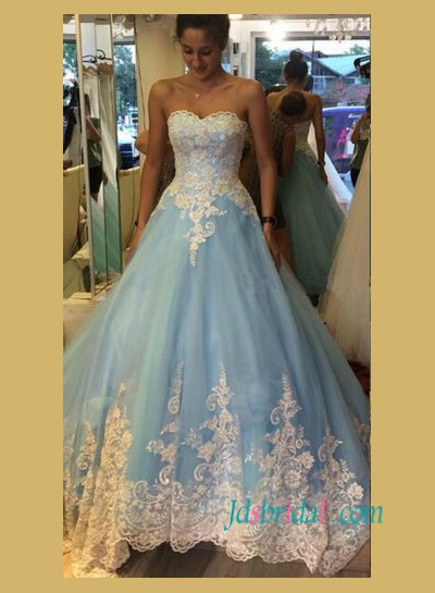 Cinderella Princess Blue And White Lace Ball Gown Wedding Dress With Sweetheart Neckline