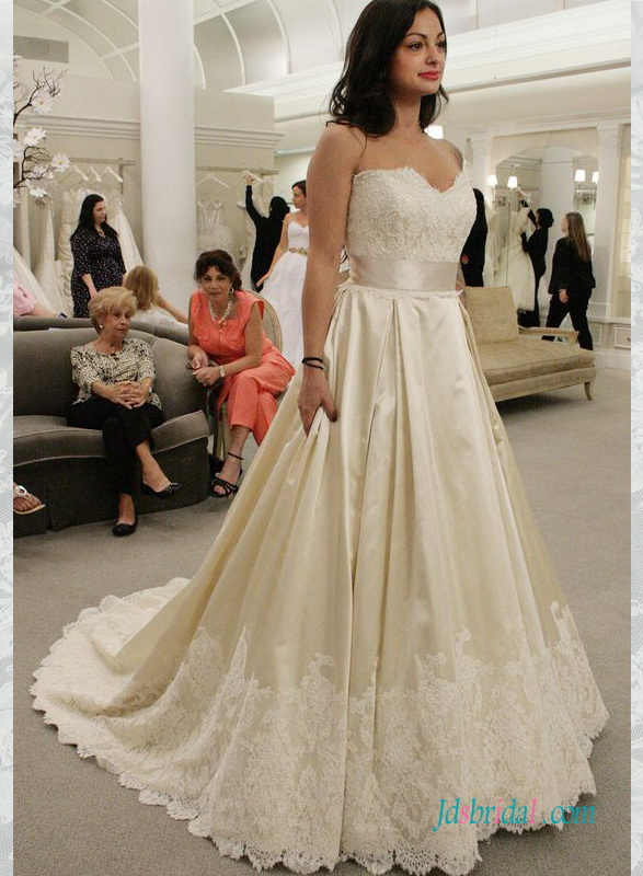 H1533 Elegant Sweetheart Neck Lace Top A Line Wedding Dress