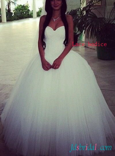 H1544 Cheap Dreamy sweetheart neck princess tulle wedding dress