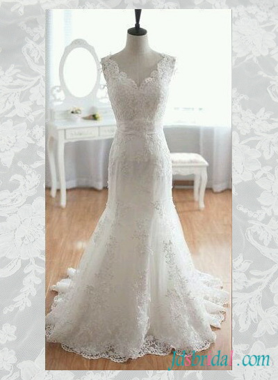 H1561 Obsessed lace trumpet mermaid wedding dress with low back