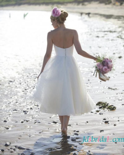 H1635 Lovely polka dot tea length simple wedding dress