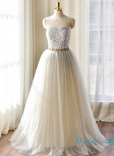H1641 Beautiful grey colored tulle ball gown wedding dresses