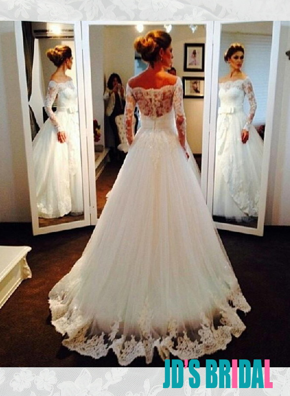 H1682 Beautiful illusion lace bateau neck long sleeved ball gown wedding dress