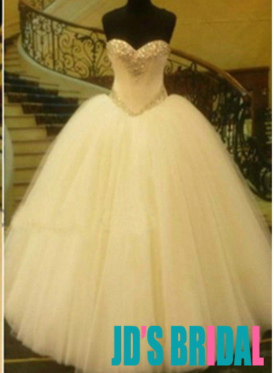 Sparkles Crystal Detailed Sweetheart Neckline Princess Ball Gown Wedding Dress