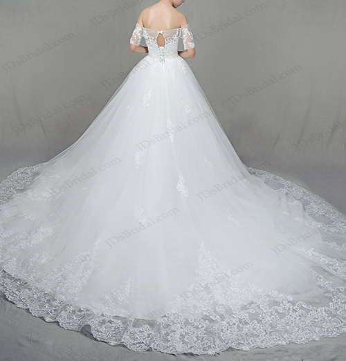 IS022 Gorgeous off shoulder white princess tulle ball gown wedding dress