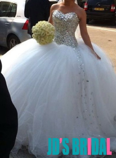 sparkles bling crystals beading sweetheart neckline bodice puffy tulle princess wedding ball gown dress