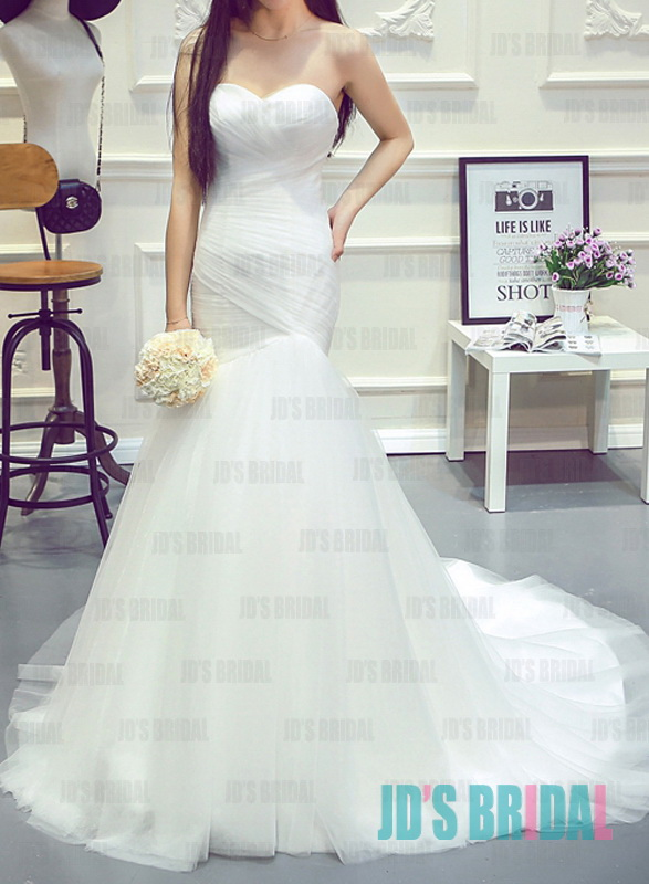 JW16193 Charming sweetheart neckline tulle mermaid wedding gown