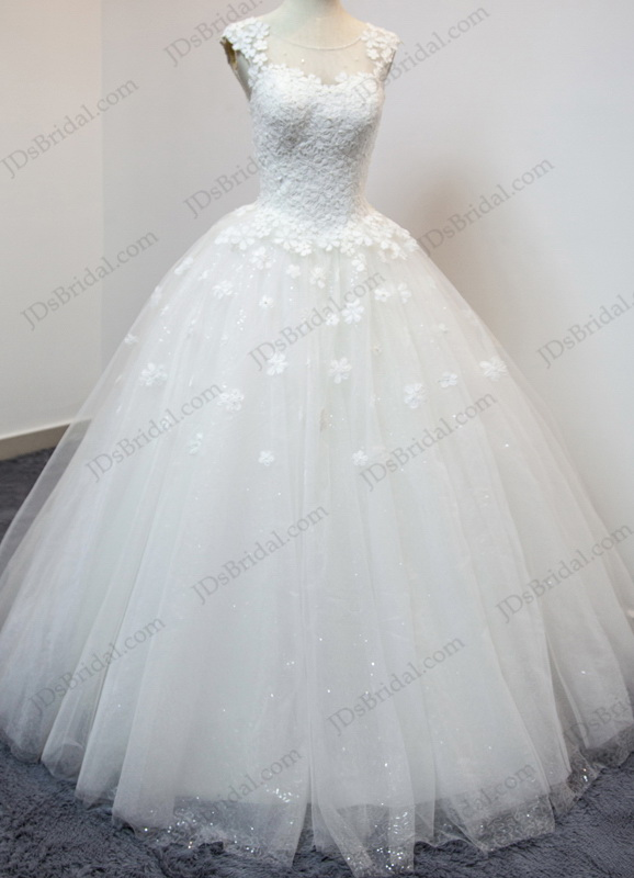 dreamy princess tulle ball gown wedding dress with cap sleeves and bling sequines