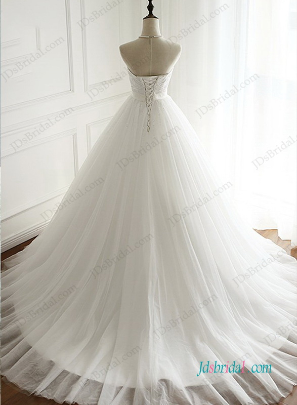 H0950 Beautiful strapless tulle ball gown wedding dress