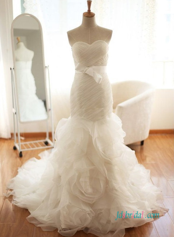 H0994 Stunning rosette organza mermaid wedding dress