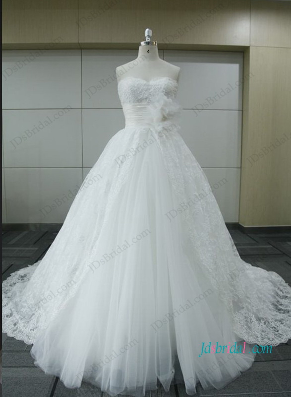 H1042 Gorgeous lace tulle ball gown wedding dress