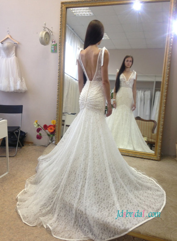 H1060 sexy plunging neck low back lace mermaid wedding dress 2018 sexy sheer lace bodice with plunging neck back mermaid wedding dresses under 500 junglespirit Images