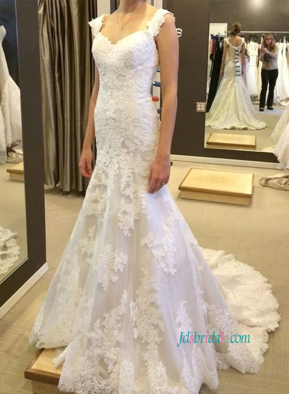 H1080 Lace sweetheart bodice trumpet wedding dresses