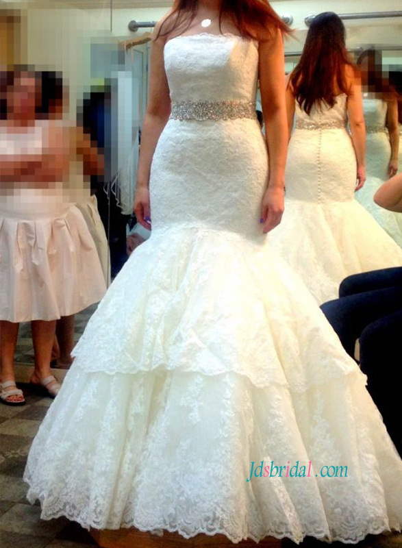 beautiful strapless lace mermaid bridal wedding gowns with tiered 2 layered lace bottom