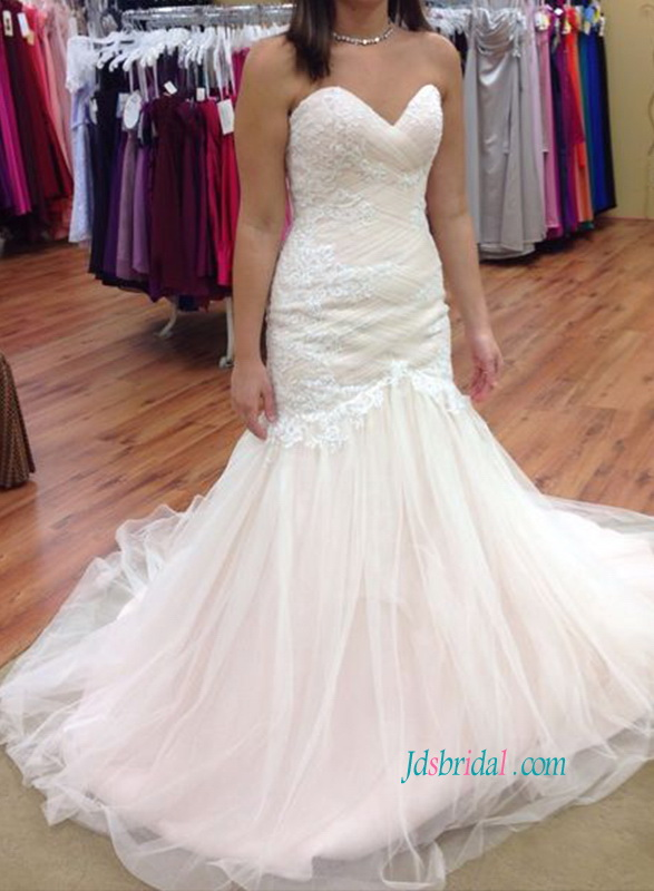 H1083 Stunning sweetheart neck mermaid lace wedding dress