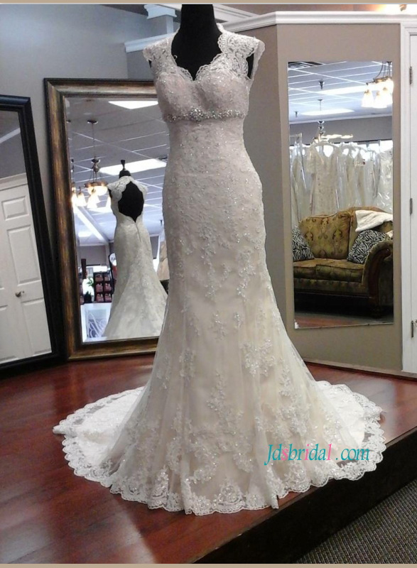 H1168 Sexy Open Back Cap Sleeved Lace Mermaid Wedding Dress