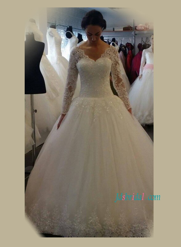 H1175 Modest illusion lace v neck tulle wedding dress with sleeves