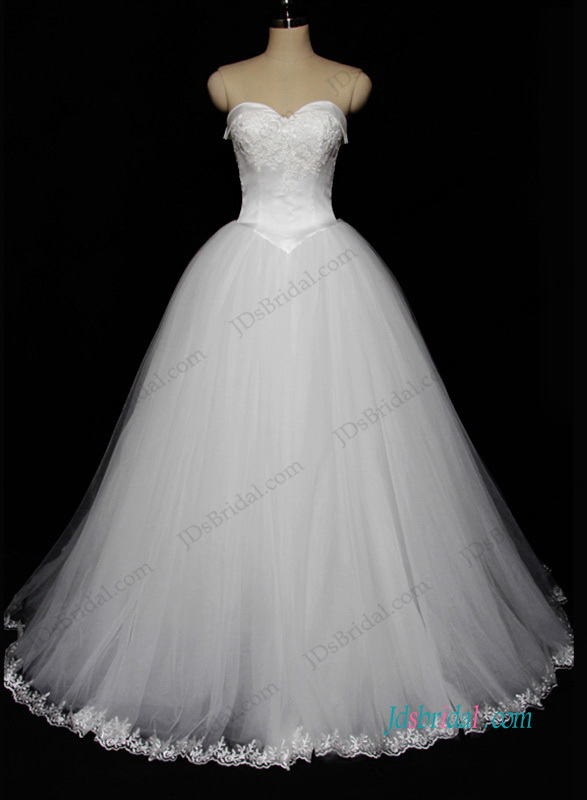 H1212 Sweetheart neck white tulle princess wedding dress
