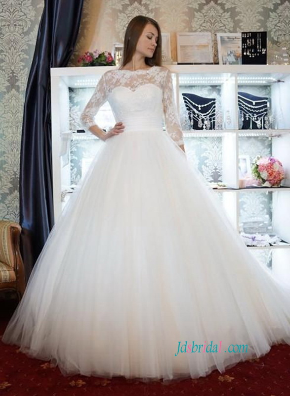 917b6354569 H0808 Romantic lace bodice bateau neckline ball gown wedding dress