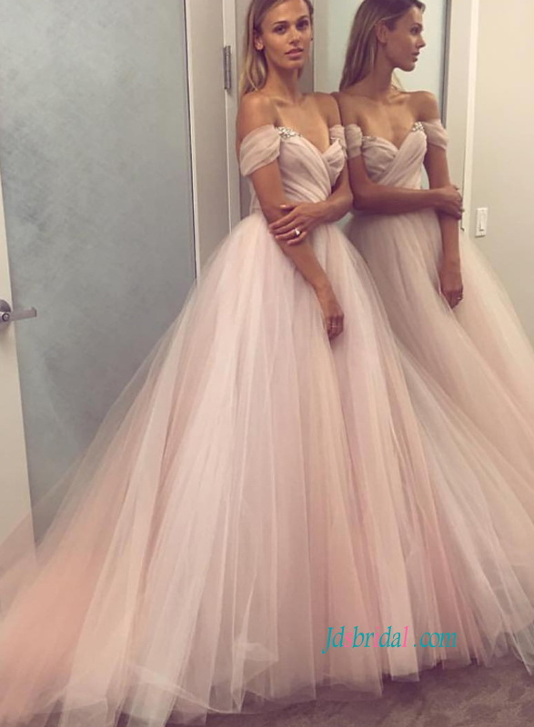 973977513e H0821 Fashion blush off shoulder tulle princess wedding dress