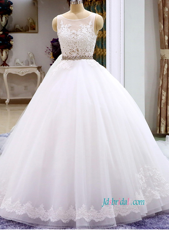 H0828 Romantic low v open back princess wedding ball gown