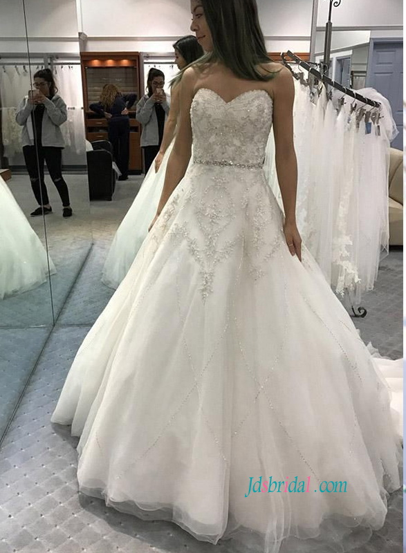 beading embroidery detailing sweetheart neckline tulle ball gown wedding dress