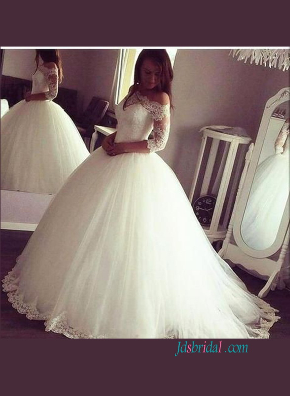 H0879 Modest off the shoulder puffy ball gown wedding dress with sleeves
