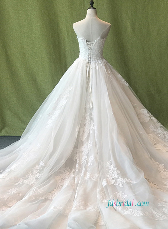 H0889 Romantic sweetheart neckline princess ball gown wedding dress