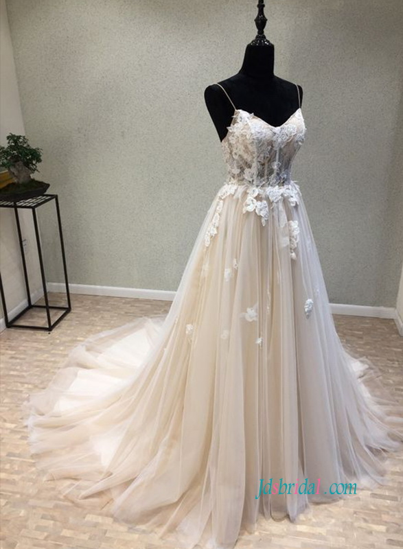 H0890 Y Spaghetti Straps Champagne Color Tulle Wedding Dress