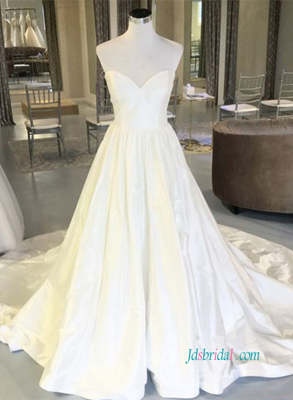 H0892 Simply classic sweetheart taffeta ball gown wedding dress